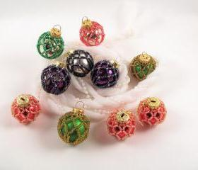 Beaded Christmas Ornament - Pattern 4 Net Beading Tutorial in PDF